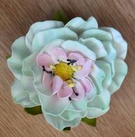 Чарівна квітка - прикраса для волосся або одежі. Зроблена з фоамірану. Ручна робота