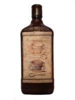 Декоративная бутылка ручной работы в технике декупаж. Декупаж выполнен декупажной картой. Бутылка может использоваться также по назначению