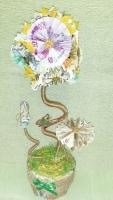 ДЕНЕЖНОЕ ДЕРЕВО СЧАСТЬЯ  Денежное дерево или другое название Дерево счастья это денежный талисман в вашем доме для привлечение денежной энергии. Такой оригинальный денежныйтопиарий символизирует достаток и материальное благо.  Топиарий из денег это отличный подарок сувенир на любой праздник или День рождения друзьям, коллеге по работе, начальству. Дерево выполняется из сувенирных купюр и по желанию конфет и шоколадных медалей, так же можно изящно подарить настоящие деньги вложенные в топиарий. Такой подарок украсит офис, квартиру или дом, который будет символизировать достаток, расположить желательно в юго-западной части помещения, считается что именно здесь проходит больше всего денежных энергетических потоков.  На заказ можно сделать из любых купюр. По Вашему желанию можно внести изменения, цена топиария при этом оговаривается. Выполнение 3-5 дней.