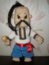 Вязаная кукла ручной работы, рост - 45см, может самостоятельно сидеть, стоять возле опоры, ручки и ножки подвижные, одежда съёмная.