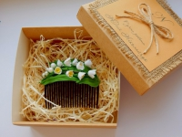 Нежный гребень для волос с ландышами из фоамирана в авторской коробке