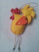 Гарненькі півнички ручной роботи, можна як на ялинку, можна просто в подарунок) виглядають дуже оригінально. Дивіться інші мої роботи!  Іграшки об′емні, набиті синтепоном.