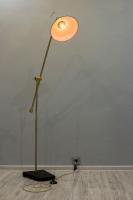 """На замовлення. Термін виготовлення: 5-7 робочих днів  Торшер """"Pride&Joy"""", виготовлений з металу і натурального дерева, в стилі """"Loft"""" з лампою Едісона. Ручна робота з індивідуальним дизайном. Встановлено ножний вмикач і димер для регулювання яскравості світла.  особливості: - підставка з натурального дерева; - Встановлено ножний вмикач і димер; - Стандартний патрон; - Лампа Едісона входить в комплект;  Відео: https://youtu.be/Aw9pKeqsIGI  Основа: 24 cm x 32 cm x 18 cm x 4 cm Висота: max 160 cm Кабель: 150 cm Вага: 4 kg  Авто-деталі можуть відрізняться від заявлених на фото.  Дану модель можна виготовити під замовлення, в необхідній кількості. Абажур, також можна підібрати індивідуально."""