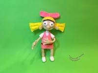 Вязаная кукла, известный мультперсонаж – Хельга Патаки из мультфильма ′Эй, Арнольд′. Размер – 30 см. Полностью на проволочном каркасе, поэтому может приобретать практически любое положение. Материал- акриловая пряжа, фетр, проволока, наполнитель – холлофайбер.